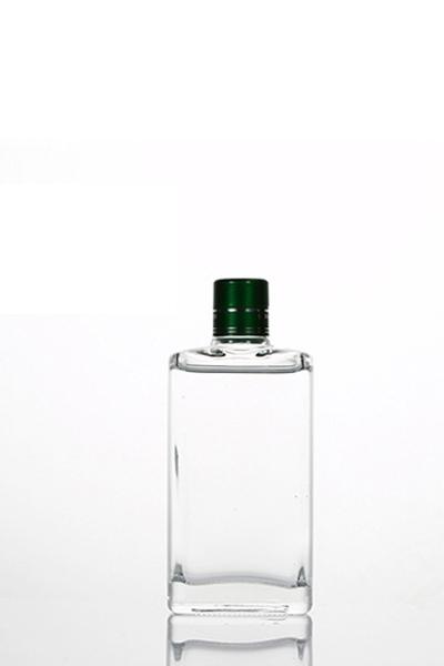 小酒瓶 083